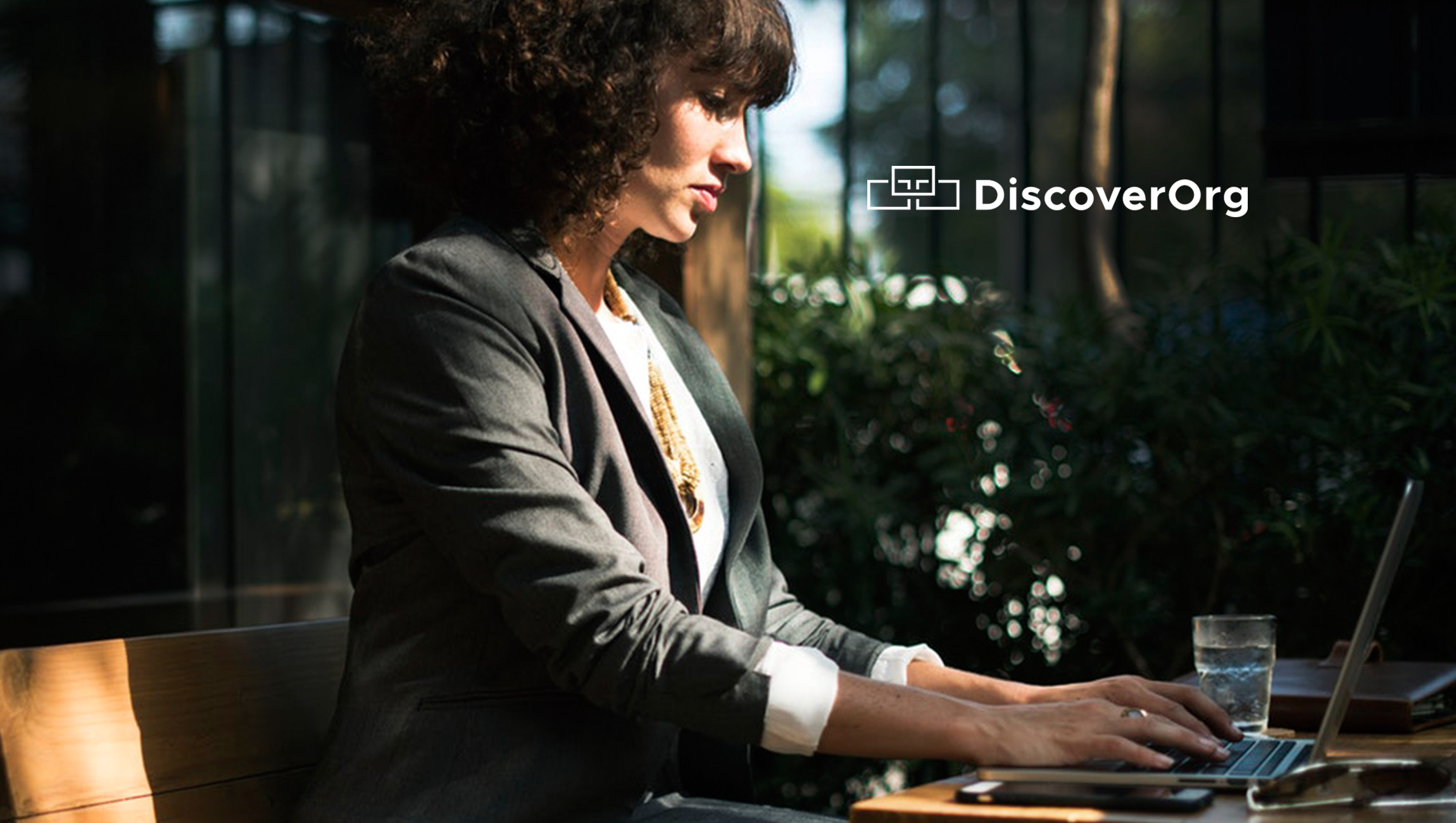 DiscoverOrg Expands Leading B2B Database Beyond the Enterprise with 400% Growth in Coverage